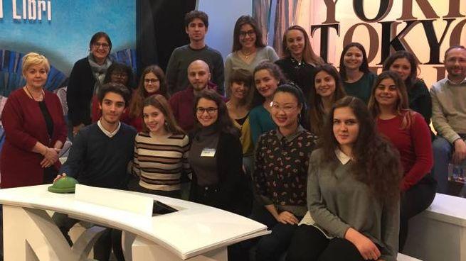 Gli studenti di quinta, indirizzo scientifico europeo dell'Educandato Setti Carraro protagonisti su Rai3