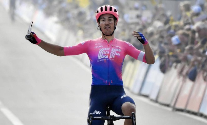 Ciclismo, Gonfalone d'argento a Bettiol - Sport - Altri