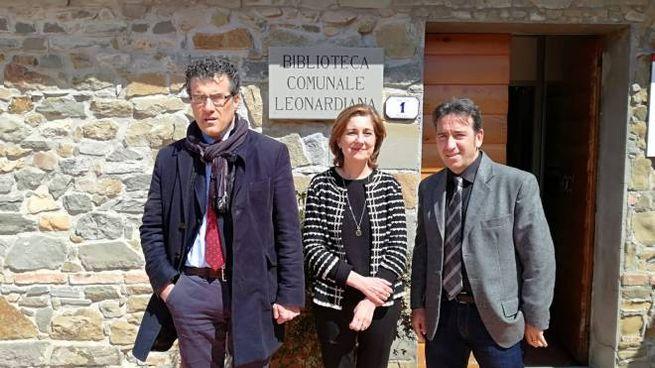Il sindaco Giuseppe Torchia con Roberta Barsanti e Paolo Santini