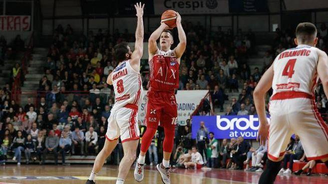 Nemanja Nedovic: ottima partita per il serbo con 20 punti
