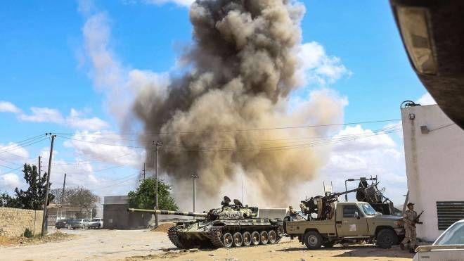 Scontri a Sud di Tripoli (Afp)