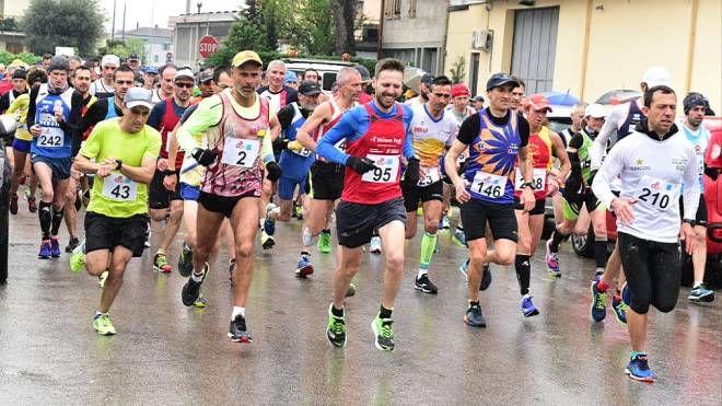 Trofeo Cna 10.000 City Run a Pistoia (foto Regalami un sorriso onlus)