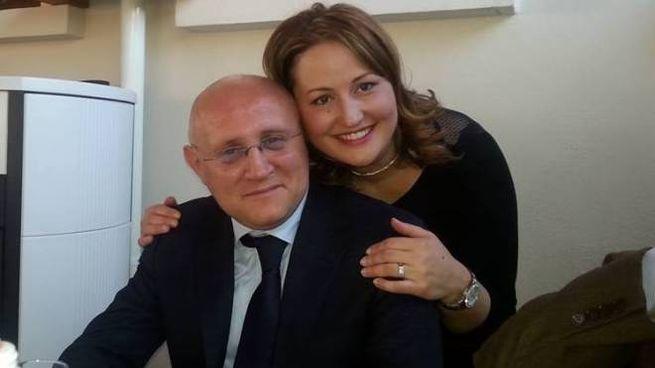 Il maresciallo maggiore Vincenzo Di Gennaro con la compagna Stefania