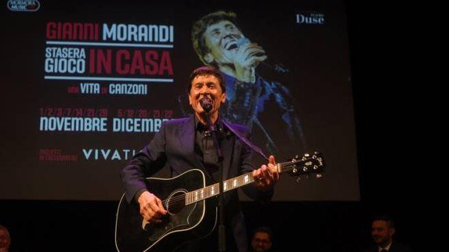 Gianni Morandi presenta una serie di concerti che si terranno al teatro Duse di Bologna