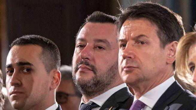 Il premier Giuseppe Conte e i due vicepremier Luigi Di Maio e Matteo Salvini