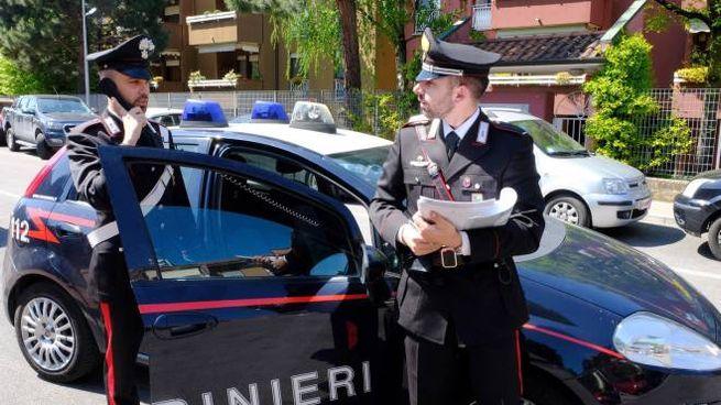 I carabinieri davanti alla palazzina