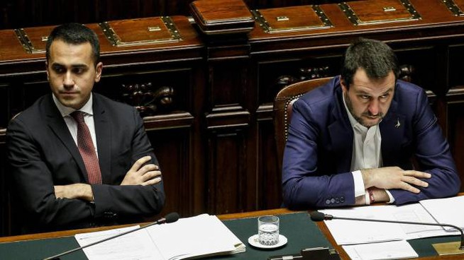 Governo, i vicepremier Luigi Di Maio e Matteo Salvini (Ansa)