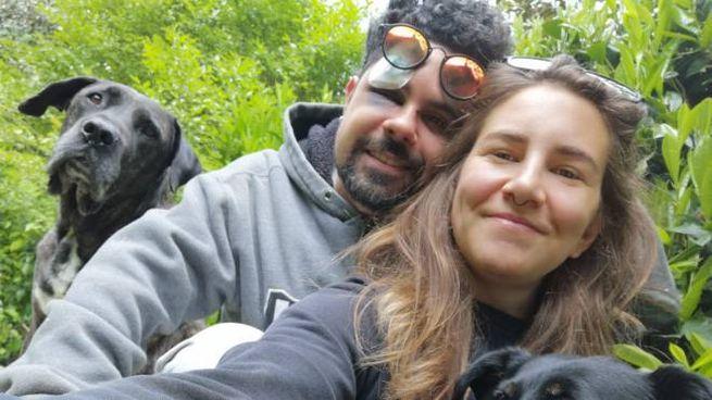 Rossella Setti e Mattia Polisena con i segni dell'agressione