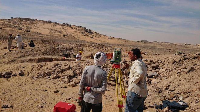Egitto, scoperta necropoli con 35 mummie ad Assuan. Anche madre con figlio