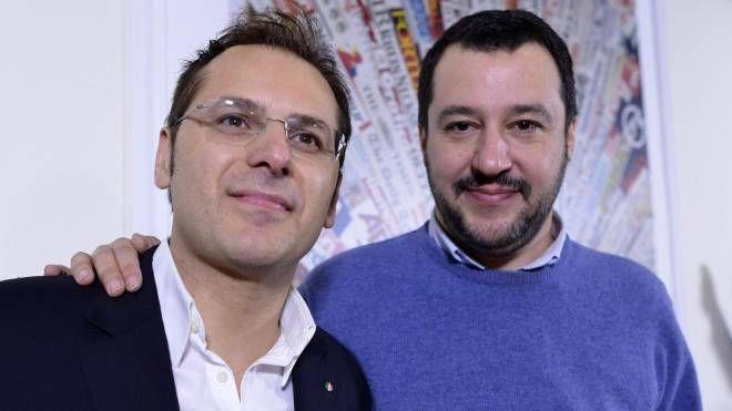 Armando Siri con Matteo Salvini (Ansa)