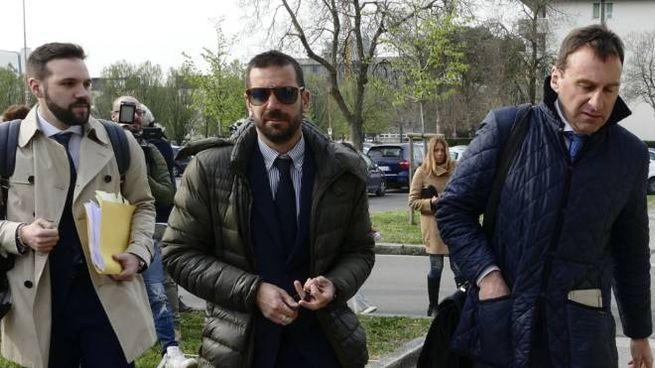 Gli avvocati Alfano e Nistri all'ingresso del tribunale