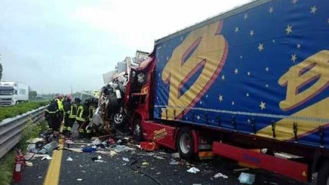 L'incidente sulla A23 in cui è morta Liliana Suriano