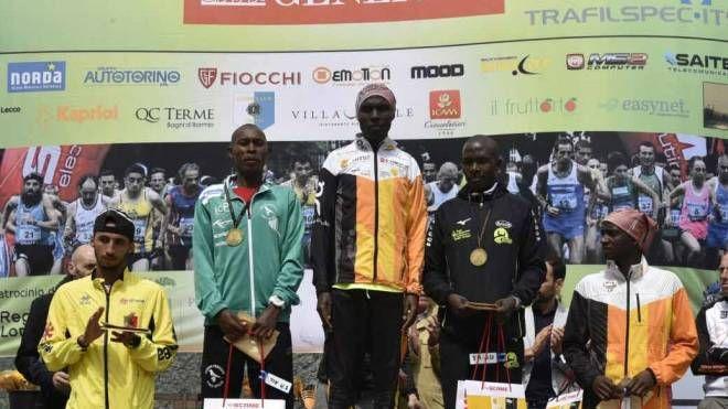 Il podio dell'anno scorso della 10km del Manzoni