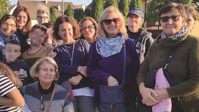 La neonatologa Rosina Alessandroni è la prima da destra
