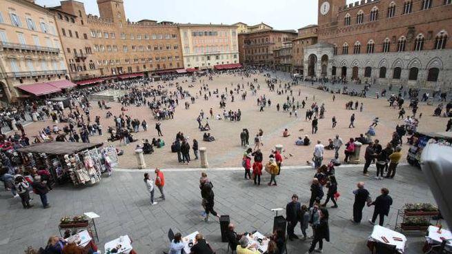 Un'immagine di piazza del Campo a Siena (Foto Dipietro)