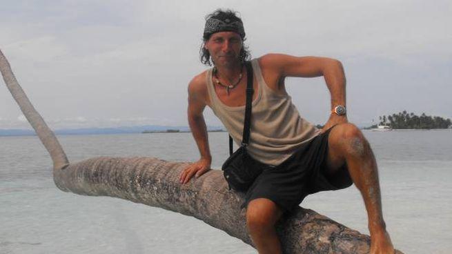 Michele Piancastelli in una foto esotica