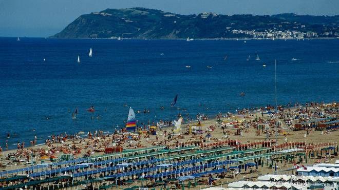 Bandiere Blu 2019, 7 spiagge premiate in Emilia Romagna (foto Dire)