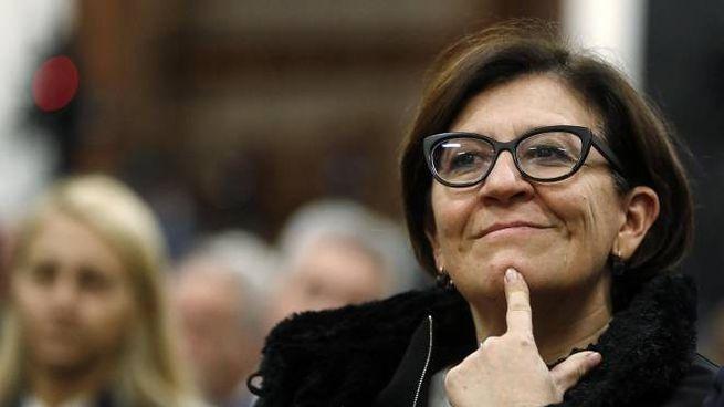 Il ministro della Difesa Elisabetta Trenta è al centro di uno scontro con Salvini (Ansa)