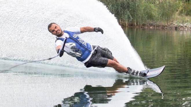 Daniele Cassioli vanta grandi vittorie e molteplici record nello sci nautico paralimpico