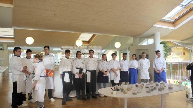 Foto di gruppo per i giovani chef