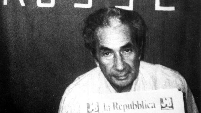 bfff1345ff Ti ammazziamo se Aldo Moro diventa Santo