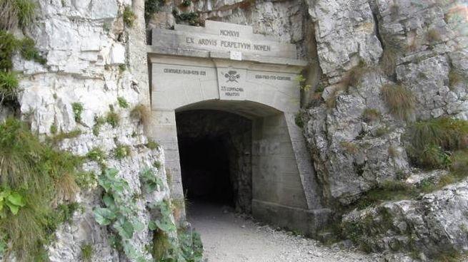 L'imbocco della strada delle 52 gallerie - Foto: wikipedia / CC Llorenzi