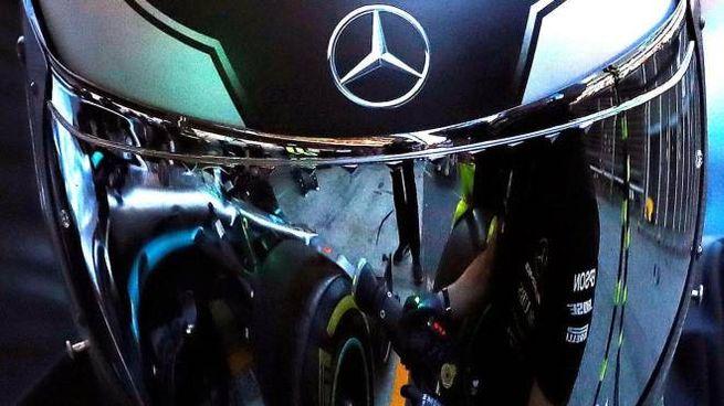 Mercedes più veloci nelle prime due prove libere (Ansa)