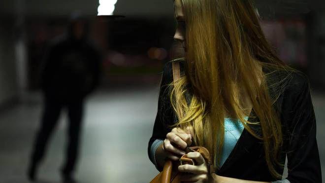 Il 23enne perseguita l'ex fidanzata