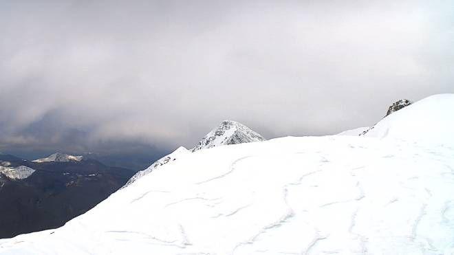 Il monte Cusna innevato