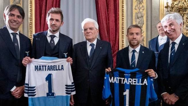 Mattarella riceve le finalista di Tim Cup (Lapresse)