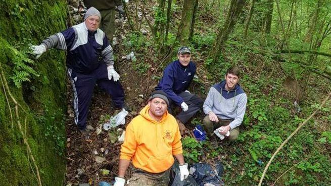 I cacciatori di Filattiera impegnati a pulire i boschi