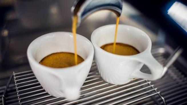 Per la nostra salute, meglio non bere più di cinque caffè al giorno