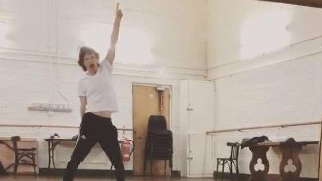 Mick Jagger balla su Facebook