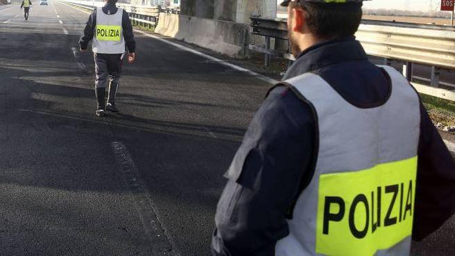 Polizia in autostrada (fotolive)