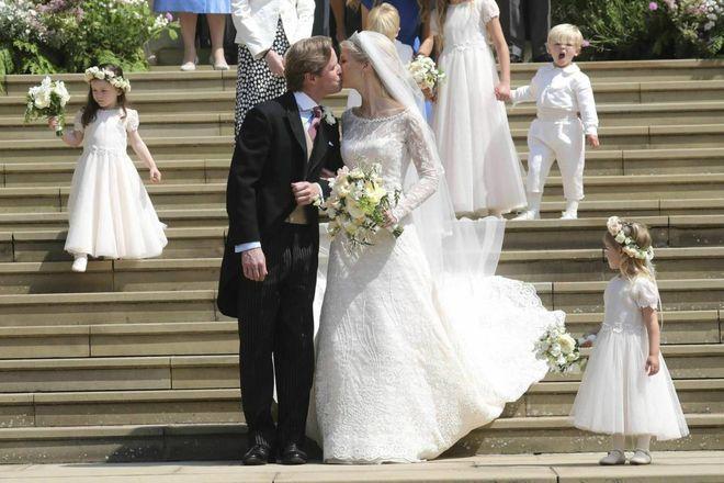 Matrimonio In Italiano : Matrimonio a windsor si sposa lady gabriella. abito italiano e
