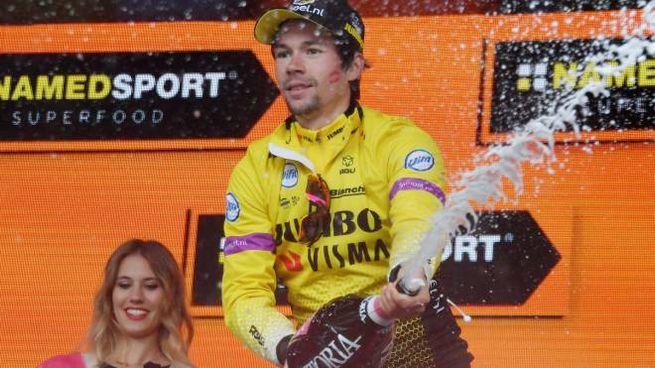 Primoz Roglic vince la nona tappa del Giro 2019 (Lapresse)