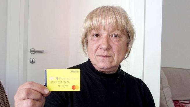 Reddito di Cittadinanza, Anuta Rodica: la card nelle sue mani