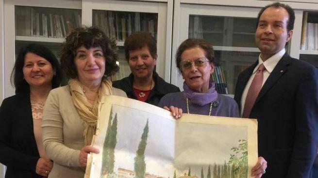 Penultima a destra, Maria Luisa Moscati con il personale dell'Archivio di Stato di Urbino