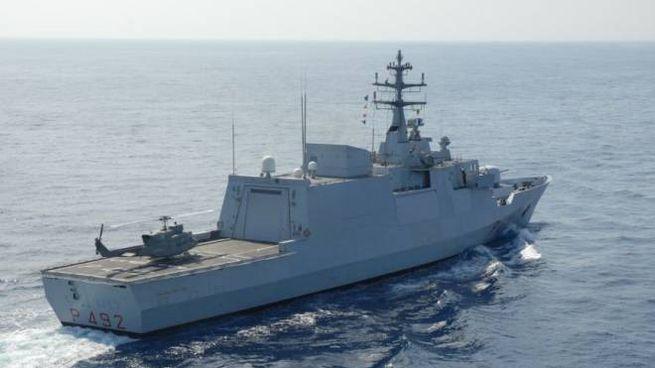 Nave Bettica della Marina Militare (Twitter @ItalianNavy)