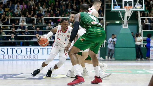James Nunnally, è stato decisivo da ex