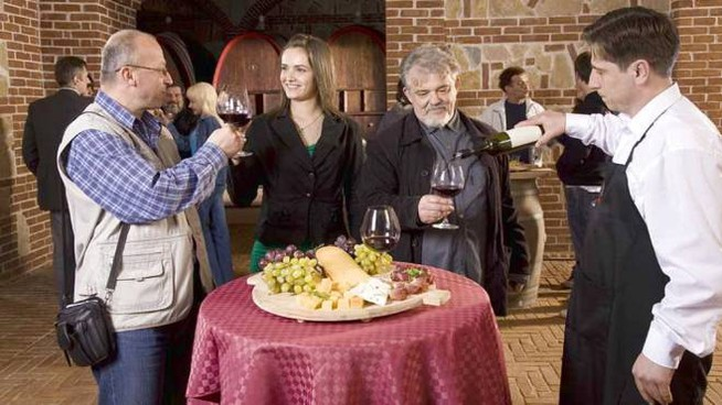 Cantine Aperte 2019, torna l'appuntamento per gli amanti del vino