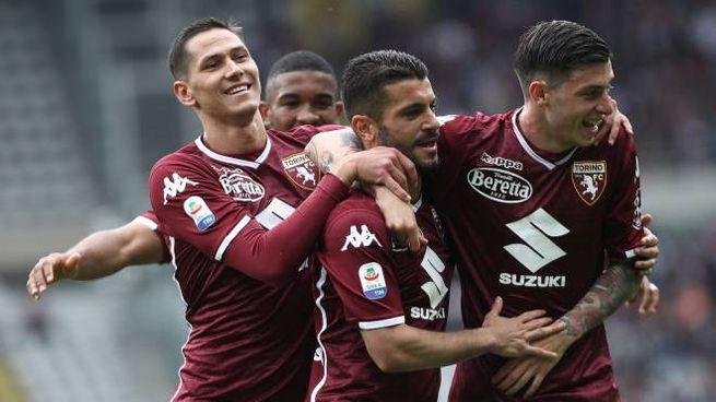 L'esultanza dei giocatori del Torino dopo la rete di Iago Falque