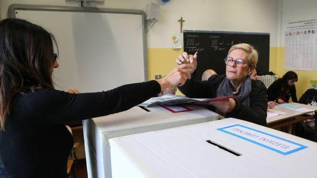 Al voto a Perugia (foto Crocchioni)