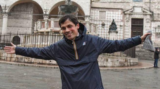 Andrea Romizi esulta per la nuova vittoria