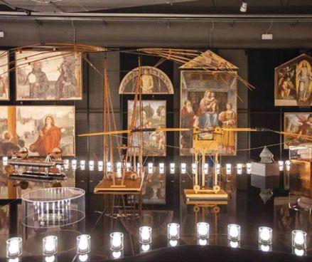 """La mostra """"Leonardo da Vinci Parade"""" che celebra le macchine disegnate dal genio"""