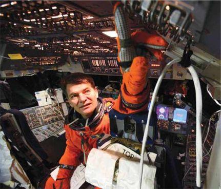PAO LO NESPOLI - Il più esperto astronauta italiano