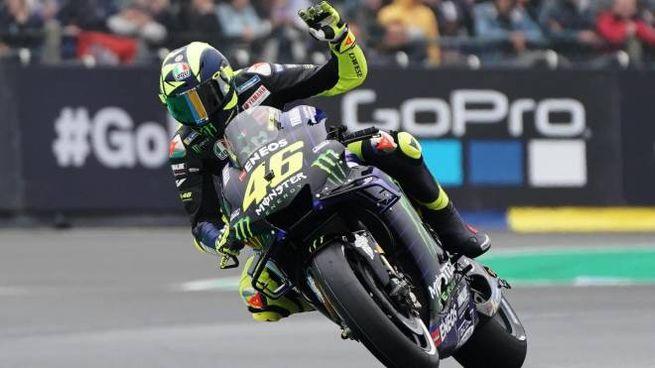 Valentino Rossi in azione (Ansa)