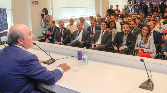 Rocco Commisso in conferenza stampa (fotocronache Germogli)