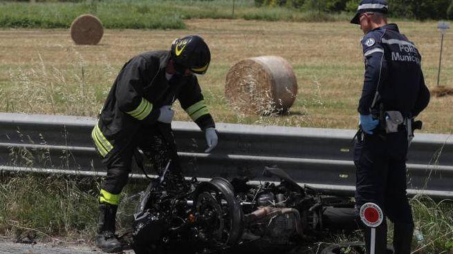 Incidente sull'Adriatica, la moto di Tiziano Seganti (foto Zani)