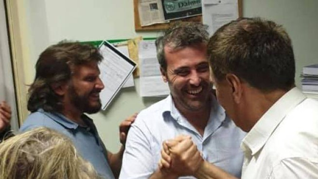 Francesco Bramani festeggia la vittoria
